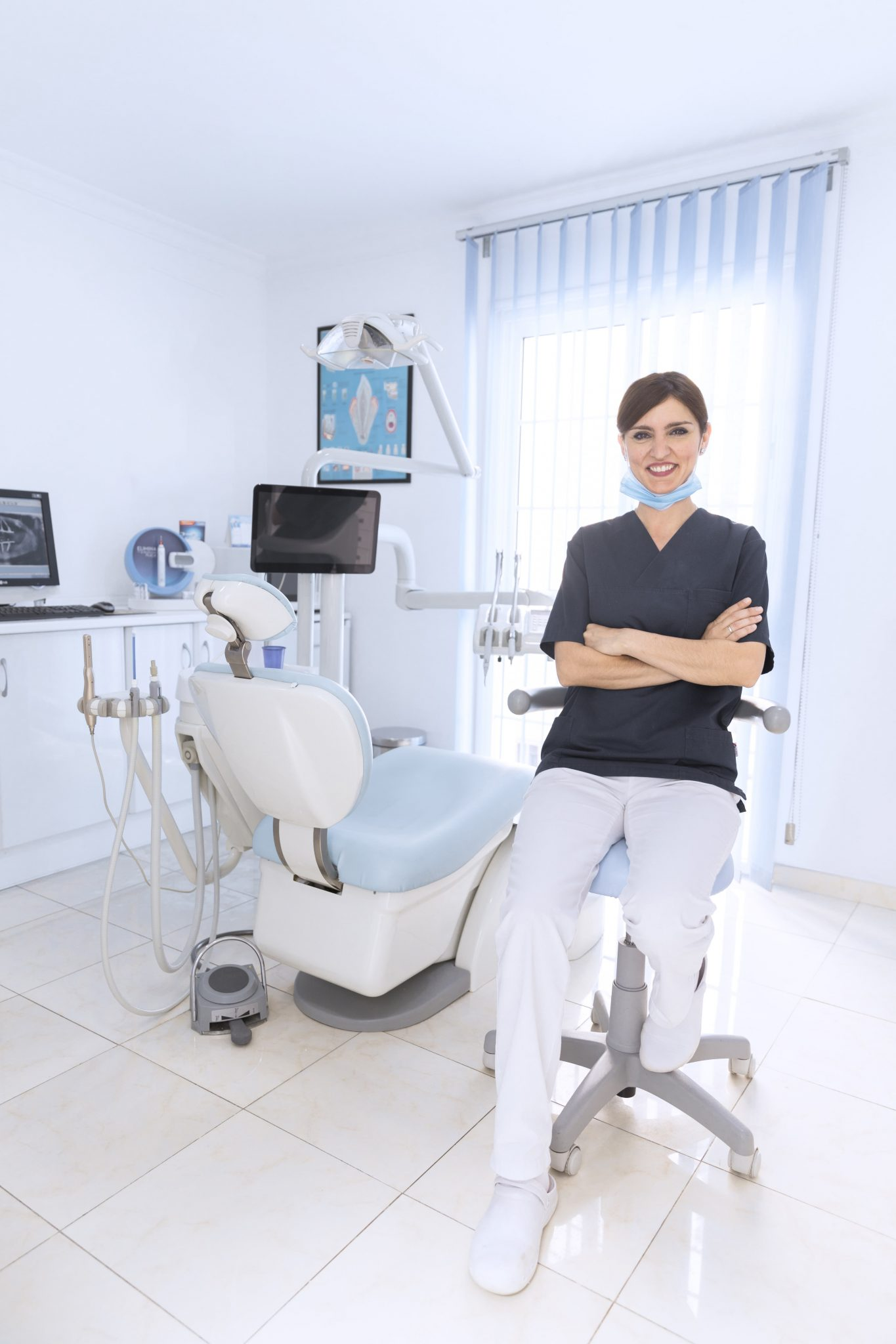 3 Reasons Why You Should See Your Dentist More Regularly-min